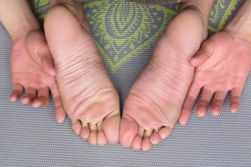 feet-1459461